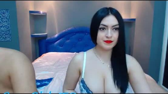 19 yo ElmaAndCesar positive is blowing glasses masturbate in different positions
