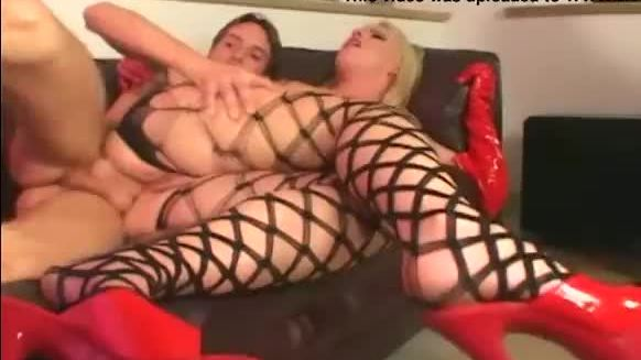 Hard anal in latex and fencenets