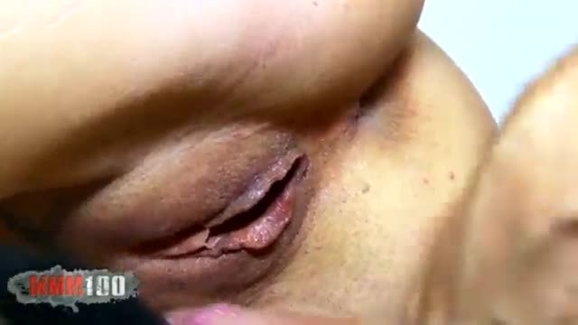 Nymphomaniac babe having sex at the doc waiting room